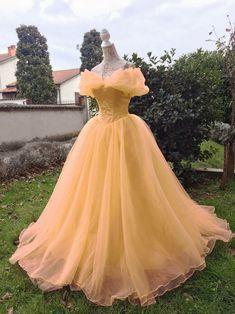Princess Belle Gown – Beauty and the Beast Costume Ball Dress – Princess Princess / Prinzessin Belle Kleid Schönheit und das Biest Kostüm Ballkleid Cute Prom Dresses, Elegant Dresses, Pretty Dresses, Beautiful Dresses, Ball Gown Prom Dresses, Evening Dresses, Lace Prom Gown, Elegant Ball Gowns, Gorgeous Dress