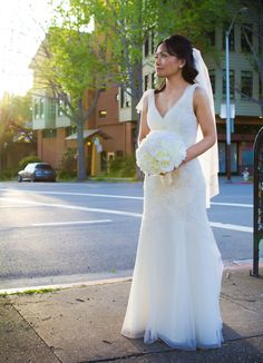 The bride looked stunning in a White by Vera Wang bridal gown  http://poppyandjune.com/2015/08/10/real-wedding-jack-pearl/
