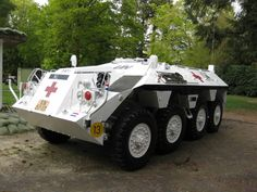 YP-408 UN versie Army Vehicles, Armored Vehicles, Expedition Truck, Bug Out Vehicle, Armored Fighting Vehicle, Battle Tank, Truck Design, United Nations, Ambulance