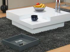 Wit hoogglans salontafel vierkant design (by hioshop.nl) €229,-