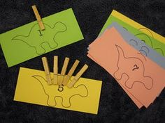 counting dino ~ easy to adapt for use with any cute cutout or decorative :) can adapt to any theme Dinosaur Theme Preschool, Dinosaur Activities, Counting Activities, Preschool Themes, Kindergarten Math, Toddler Activities, Preschool Activities, Dinosaur Play, Toddler Games