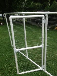 Chicken run made from pvc pipe, fencing ans sip ties