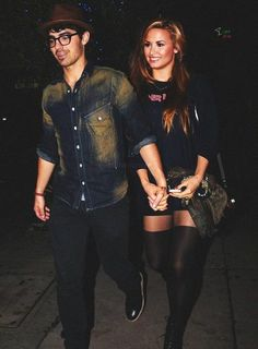 i actually shipped jemi and still do. do you guys agree with me? :-) I really ship Diall too they are so cute together