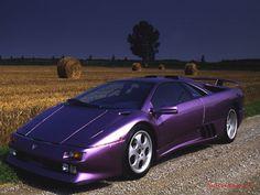 Lamborghini Diablo painted in purple