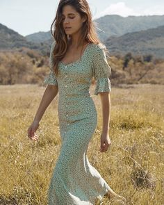 Excellent boho dresses are offered on our internet site. Take a look and you wont be sorry you did. Boho Dress, Dress Skirt, Dress Lace, Look Fashion, Womens Fashion, Fashion Ideas, Korean Fashion, Runway Fashion, 2000s Fashion