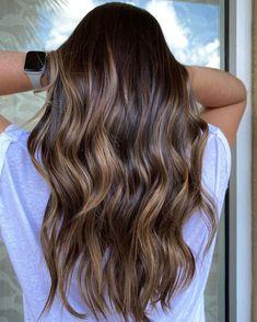 Highlights For Dark Brown Hair, Dark Brown Hair With Blonde Highlights, Blonde Highlights On Dark Hair, Dark Brunette Hair, Brown Hair Balayage, Light Brown Hair, Light Hair, Hair Styles Highlights, Highlighted Hair For Brunettes