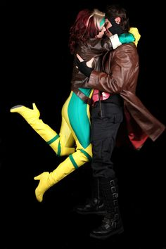 Characters: Rogue (Anna Marie) & Gambit (Remy LeBeau) / From: MARVEL Comics 'X-Men' / Cosplayers: Unknown