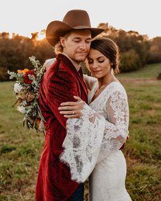 Wedding Dress With Veil, Wedding Dresses, Fall Wedding, Falling In Love, Cowboy Hats, Ranch, Weddings, Couple Photos, Instagram