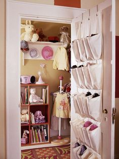 Kids Closet: Toy Storage, organization inspriation