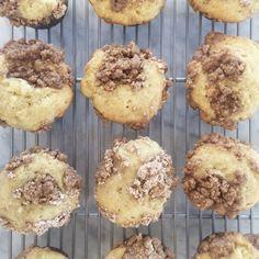 siriously delicious: Banana Coffee Cake Crumb Muffins