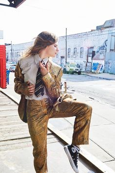 Héloïse Letissier, photographed by Annelise Phillips for The Last magazine, fall Nantes France, Christine And The Queens, Women Ties, Tk Maxx, French Fashion, Style Icons, Celebrity Style, The Incredibles, Style Inspiration