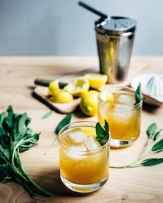 Sage Gold Rush Cocktails | Brooklyn Supper