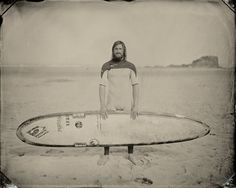 Capturing the Stillness of Surfers in Portraits - The New York Times