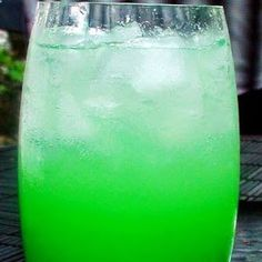 cocktail with vodka,vodka based mixed drink recipes,fruit cocktail recipes
