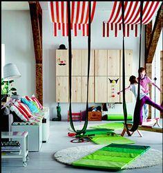 Cuarto de juegos infantil propuesto por IKEA en su catálogo 2015.