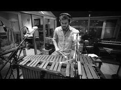 Empirical - Scoffie (Live at Assault & Battery 2). Empirical (Великобритания)-британский джазовый коллектив, основанный в 2007 году. Особенностью квартета является то, что у него нет лидера - каждый принимает равное участие в музыкальном руководстве коллективом. Натаниель Фейси – саксофон Шейни Форбс – барабаны Льюис Райт – вибрафон Том Фармер – контрабас.