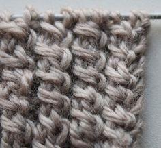♥ Spiralzöpfe stricken ♥ Kostenlose Strickanleitung für Strickmuster auf Deutsch. Leichter zu stricken als klassische Zöpfe und sehr schön als Bündchenmuster für Pullover, Strickjacken oder Stulpen.