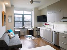 Mini-apartments are the next big thing in U. cities Mini apartments are the next big thing in U. Small Space Living, Tiny Living, Small Rooms, Small Spaces, Rec Rooms, Studio Apartment Layout, Small Studio Apartments, Apartment Ideas, Apartment Goals