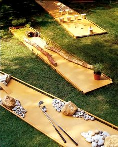 Outdoor Game Ideas to DIY This Summer DIY a mini golf course in your backyard.DIY a mini golf course in your backyard. Backyard Play, Backyard Games, Backyard Ideas, Cool Diy Projects, Outdoor Projects, Outside Games, Casas Containers, Summer Diy, Spring Summer