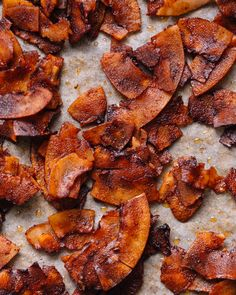 Craving bacon but want to eat plant based? Here are 3 delicious ways to make vegan bacon that are unbelievably smoky and delicious! Vegan Snacks, Healthy Snacks, Healthy Eating, Vegetarian Recipes, Healthy Recipes, Coconut Meat Recipes, Paleo Food, Bacon Recipes, Milk Recipes