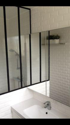 Salle de bain Made par moi Carreaux Metro et verrière | Salle de ...
