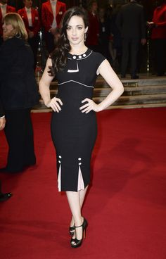 Laura Donnelly was born in 1982 in Belfast, Northern Ireland. She is an actress, known for Outlander The Fall and The Program Outlander Casting, Outlander Tv Series, Diana Gabaldon, Tartan, Laura Donnelly, Jaime Fraser, Peplum Dress, Bodycon Dress, Outlander Season 1