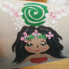 Moana Face Painting Green swirl with flowers around