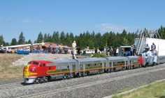 G-16 Santa Fe diesel train