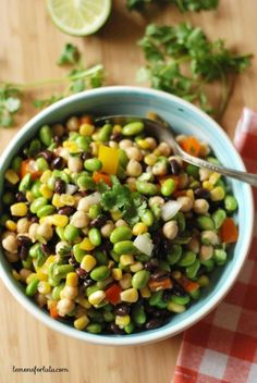 A simple salad with black beans, garbanzo beans, corn and edamame! Three bean salad takes on a whole new meaning! Vegetarian Recipes, Cooking Recipes, Healthy Recipes, Delicious Recipes, Vegetarian Kids, Kid Recipes, Edamame Salad, Healthy Snacks, Healthy Eating