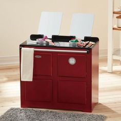 The Teamson Kids Traditional Farmhouse Range Cooker in Red is a vintage inspired place for your little one to cook up a storm! Play Kitchen Sets, Little Chef, Cook Up A Storm, Range Cooker, Play Food, Wooden Kitchen, Cooking Utensils, Toys For Boys, Diy For Kids