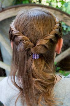 Die 34 Besten Bilder Von Frisuren Erstkommunion Hair Knot Plait