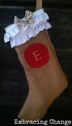 No Sew Stocking | No-Sew DIY Burlap Christmas Stockings