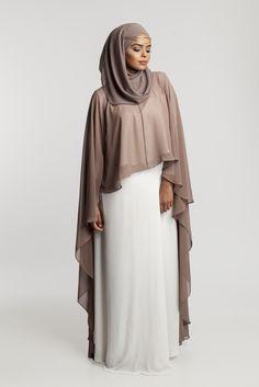 Abaya Style 493144227941180915 - Source by nagwamursal Hijab Style Dress, Hijab Chic, Abaya Style, Muslim Women Fashion, Islamic Fashion, Abaya Fashion, Fashion Outfits, Fashion Tips, Hijab Evening Dress