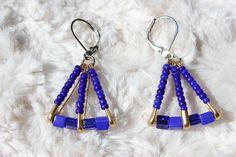 Azul y pendientes de oro imperdible