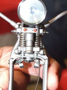 Photo Gallery: Jerry Kieffer's Amazing One Harley-Davidson Motorcycle Model: Forks
