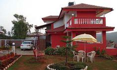 Mahabaleshwar hotels are in a huge variety as people of all classes as well as many foreign tourists come to the city throughout the year.