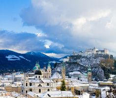 I'm dreaming of Salzburg today... Would be lovely to spend Christmas there!