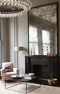 ID-Modern Urban-{décor inspiration : a manhattan loft, interior design by ochre} from this is glamourous Soho Loft, Ny Loft, Warehouse Loft, My Living Room, Home And Living, Living Spaces, Living Area, Loft Spaces, Loft Apartments