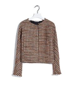 Jasje chanellino - Multicolor bouclé geweven jasje met wol, uitgevoerd met zilverkleurige lurex highlights. Het jasje sluit aan de voorzijde met een opgestikte ribsband met metalen knopen. Het model heeft een stretch twill binnenvoering en rafelrandjes langs de hals, mouwen en onderkant.