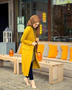 How to wear the maxi style with hijab. Hijab Trends, Outfit Trends, Iranian Women Fashion, Muslim Fashion, Hijab Outfit, Hijab Stile, Modele Hijab, Hijab Fashionista, Street Hijab Fashion