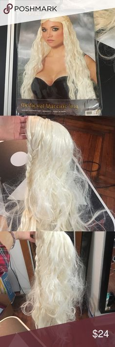 Daenerys, Game of Thrones wig, worn once Daenerys, Game of Thrones wig, worn once Accessories Hair Accessories