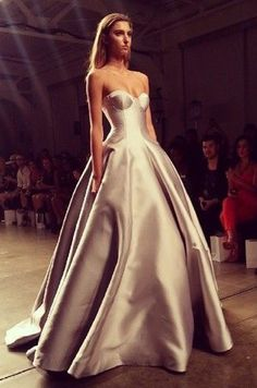 Steven Khalil Gown PS. See similar content at http://www.fashionisly.com/
