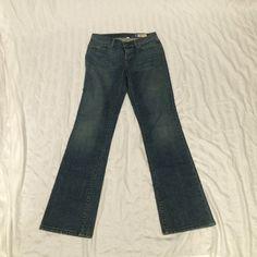 GAP boot cut jeans GAP medium wash, boot cut jeans with plain pockets, like new GAP Jeans Boot Cut