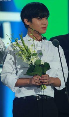 박지훈 워너원 Park Jihoon Wanna One My Prince, My Life, Kpop, Park, Produce 101, Pride, Bts, Parks