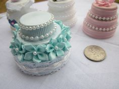 Wedding Cake | 39 American Girl Doll DIYs That Won't Break The Bank Super cute little cakes and desserts!