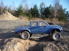 http://www.rccrawler.com/forum/paint-body/289775-%2A%2Apost-your-hilux-body-here%2A%2A-15.html
