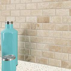 Stone Mosaic Tile, Mosaic Wall Tiles, Kitchen Flooring, Kitchen Backsplash, Backsplash Ideas, Kitchen Laminate, Rustic Backsplash, Backsplash Design, Kitchen Counters