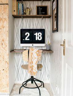 Editar la entrada < Eclecticmanía — WordPress Home Decor Bedroom, Small Space Living, Small Chair For Bedroom, Small Bedroom Makeover, Bedroom Makeover, Small Spaces, Diy Desk Plans, Mini Office, Floating Wall Desk