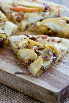 Apple White Cheddar Pizza with Caramelized Onions & Walnuts: vegetarian Thanksgiving appetizer  {Oh My Veggies}