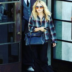 23/05/2009 -MARY-KATE SHOPPING AT MAXFIELD'S IN BEVERLY HILLS  Image from: olsensobsessive.com #marykateolsen #marykateandashley #marykate #ashley #ashleyolsen #olsens #olsenstyle #olsentwins #olsentwins #olsensisters #marykateandashleyolsen #mary #ash #theolsentwins #ofotd #fashion #fashionpost #fashiondiaries #lookoftheday #fashiongram #beauty #beautiful #style #clothes #celebrity #therow #elizabethandjames #olsensobsessive #twins…